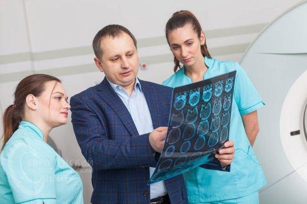 hemomedika-service-CT-golovnoj-mozg-IMG_7955